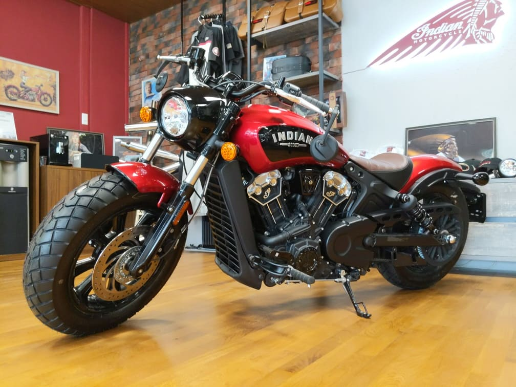 Indian Scout Bobber Icon Ruby Metallic